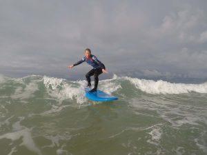 intermediate surf lesson 300x225 - intermediate surf lesson