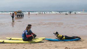 king surf lesson 300x170 - king-surf-lesson
