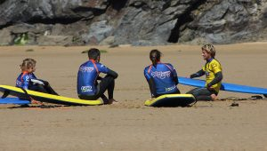 surf lesson newquay 300x170 - surf lesson newquay