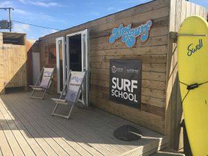 surf school 300x225 - surf school