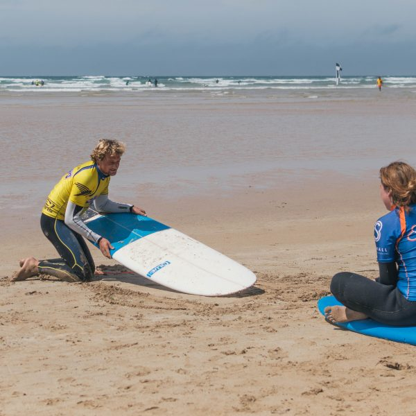 kingsurf surf lesson